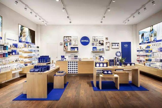 让人耳目一新的妮维雅罗马尼亚新门店-展厅设计|企业