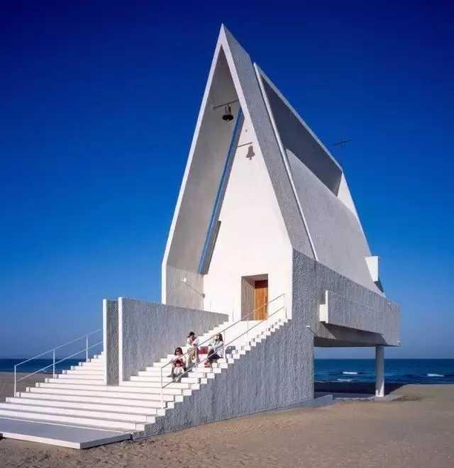 海浪造型设计建筑
